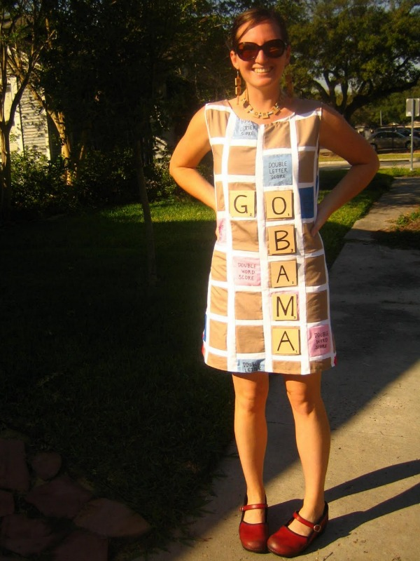 DIY scrabble costume : homemade costume for adults  - Germanpascual.Com