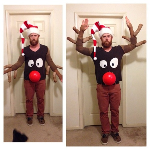 DIY Reindeer Sweater  sc 1 st  Really Awesome Costumes & ADULTS: DIY Reindeer Sweater - Really Awesome Costumes